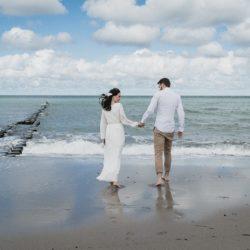 hochzeit-strand-elopement-paar-darss-natur-trauung-18